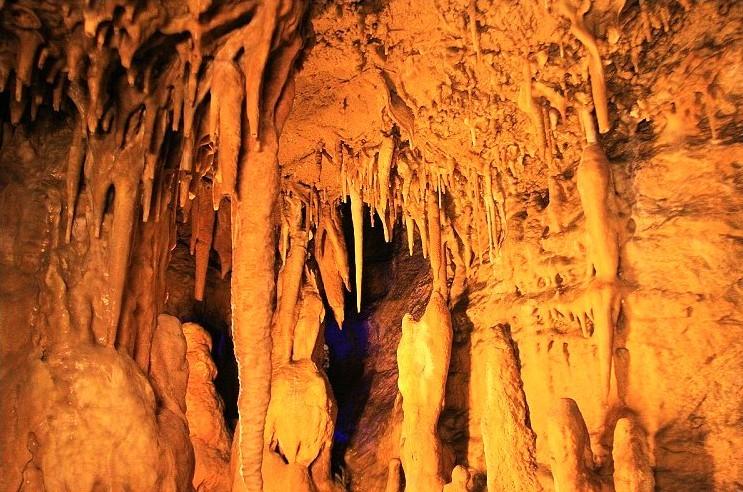 野三坡-鱼谷洞